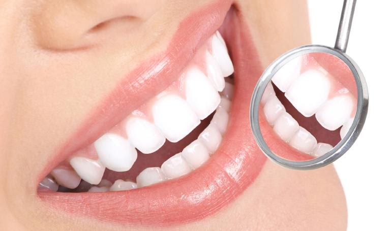 Obtén una boca sana y sin bacterias siguiendo estos trucos