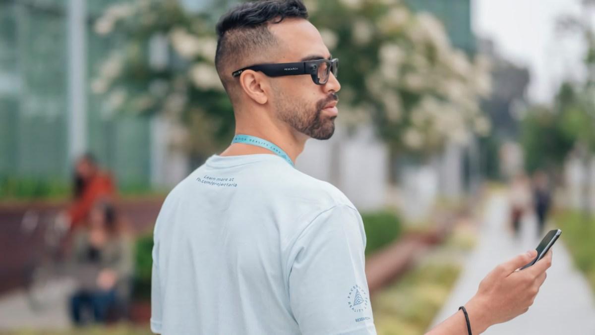 """Facebook quiere que sus gafas inteligentes firmadas por Ray-Ban sean el primer paso hacia su """"metaverso"""""""
