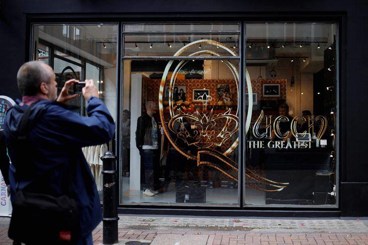 Queen abre una tienda en Londres en su aniversario #50